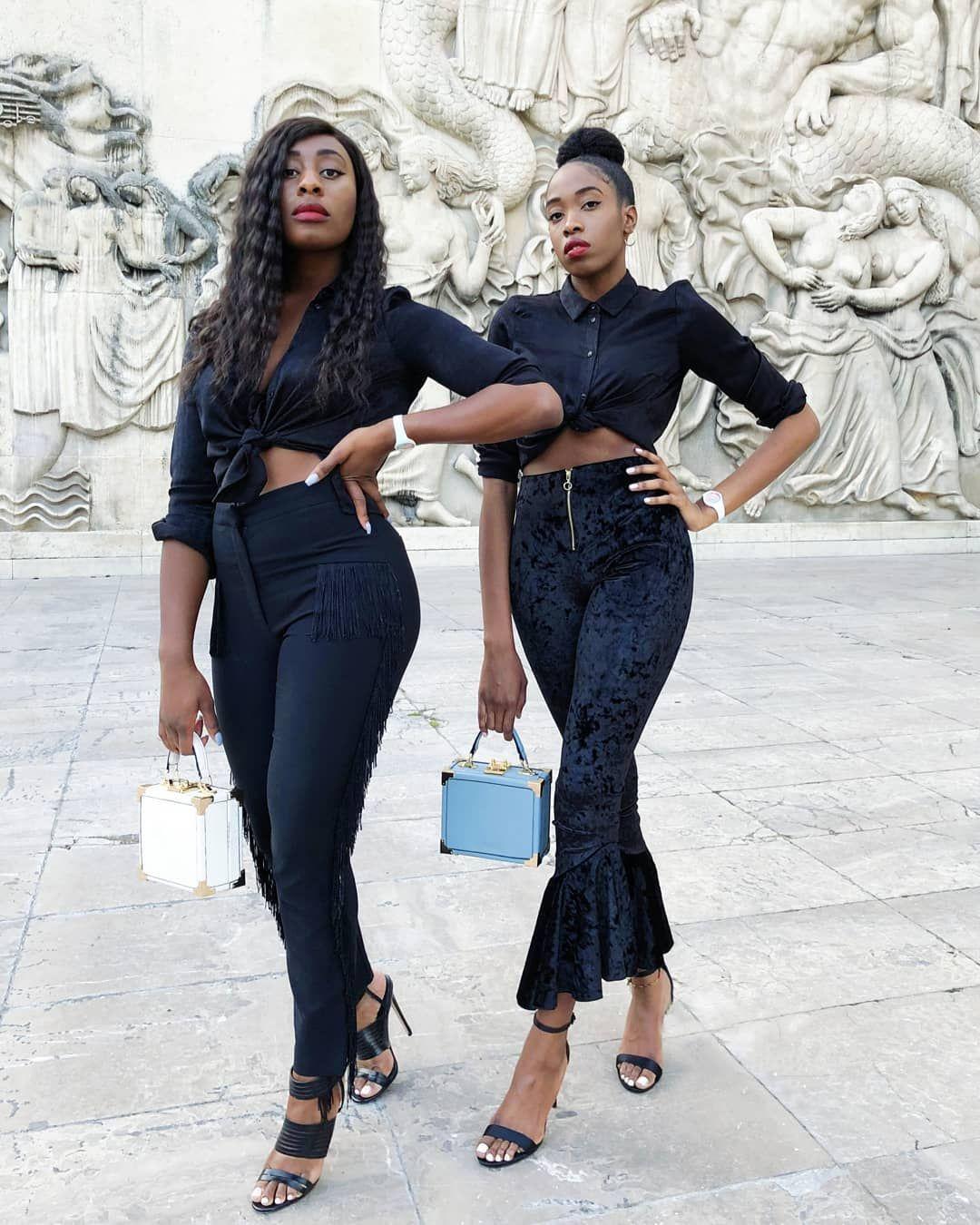 INSTAGRAM : @goldenconnexion Fashion blogger. Fashion lover