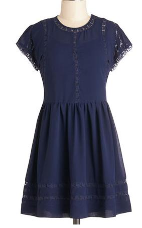 Darling #navy dress http://rstyle.me/n/gbeeinyg6