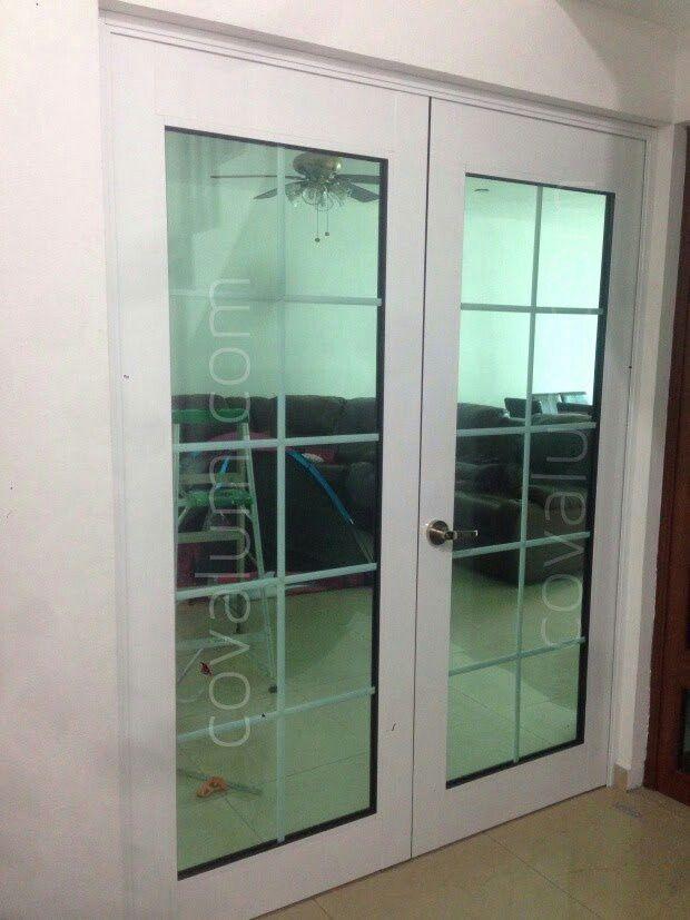 Puerta doble de aluminio en color blanco, con cristal tintex verd de ...