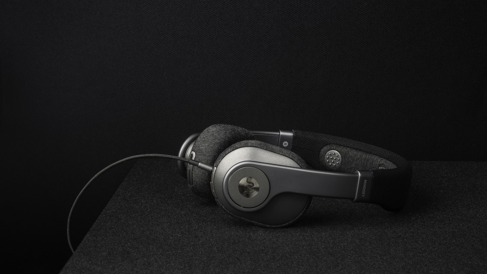 Brain training headphones will help you concentrate longer