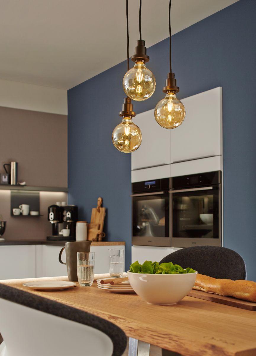 auf der suche nach einer neuen esstischlampe wie w re es mit einer kombination aus gl hbirnen. Black Bedroom Furniture Sets. Home Design Ideas