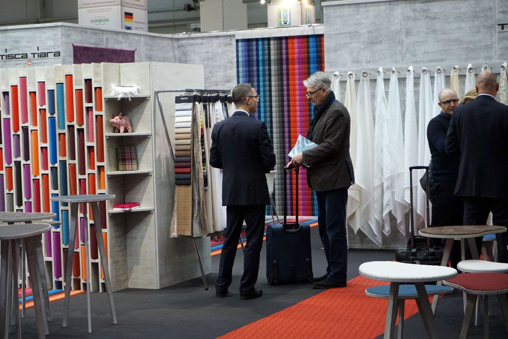Exhibition area hall 6 - Textile flooring covers