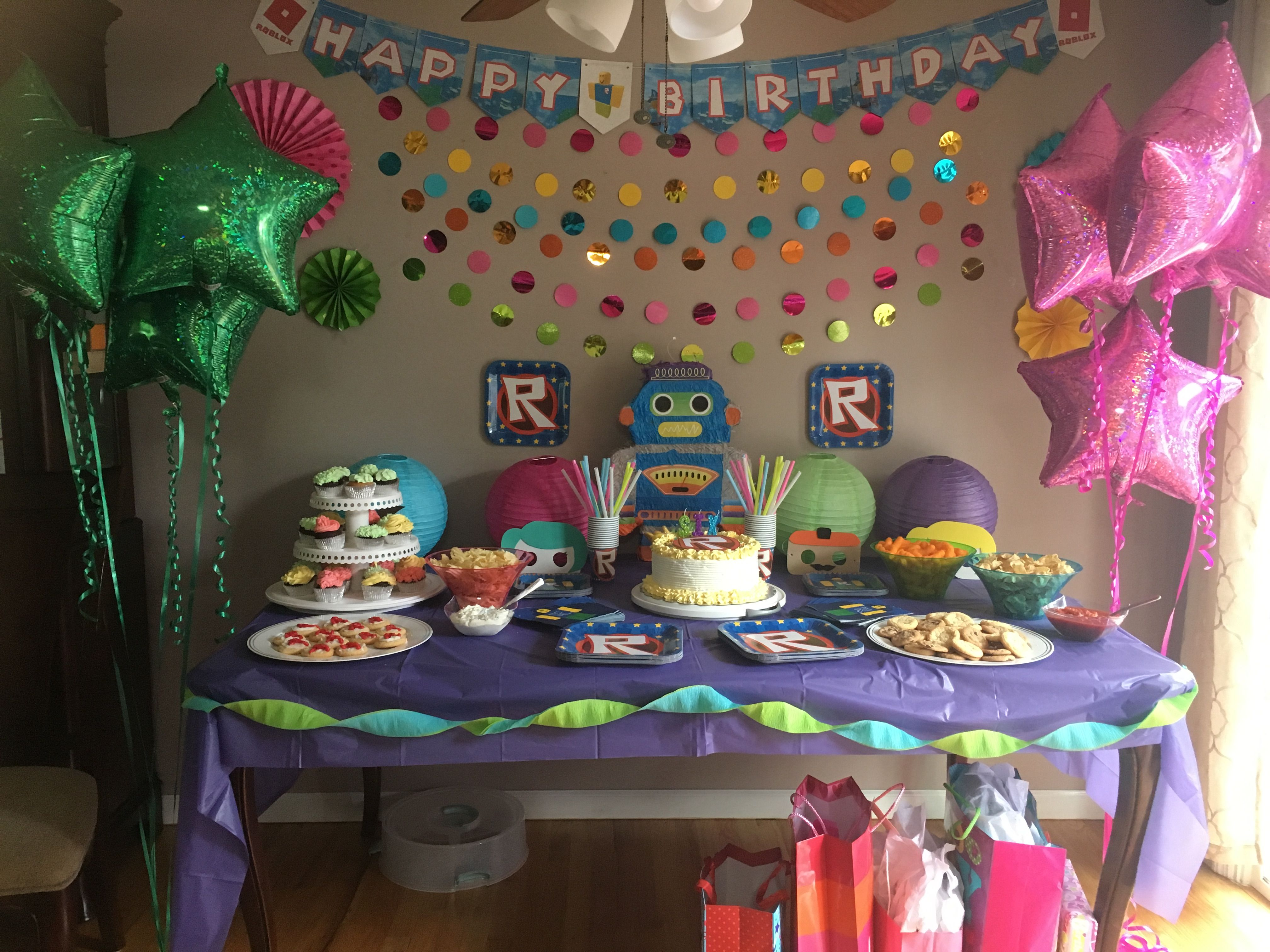 Girl Roblox Party Slumber Parties 6th Birthday 10th