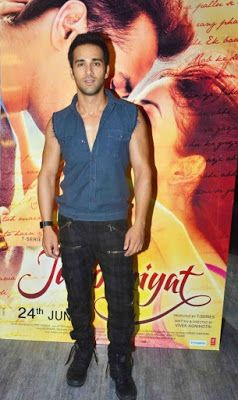 @InstaMag - Actor Pulkit Samrat is thankful for the love and support he got in the virtual world via Twitter -- but he has vowed to never tweet again.