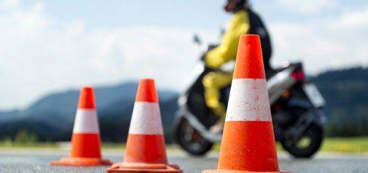 Diez útiles consejos para cualquier motorista novato. Porque sabemos que esas primeras semanas en moto no son fáciles, esto os va a servir de gran ayuda.