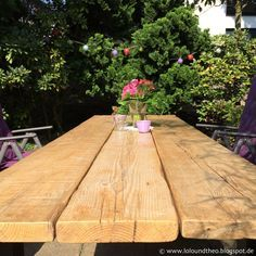 Gartentisch selber bauen aus stein  DIY Gartentisch aus alten Brettern / Tisch aus Gerüstdielen / www ...