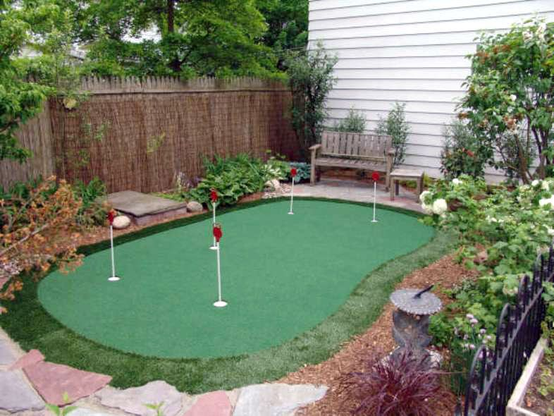15′ x 20′ 5-Hole Pro Backyard or Indoor Putting Green ...