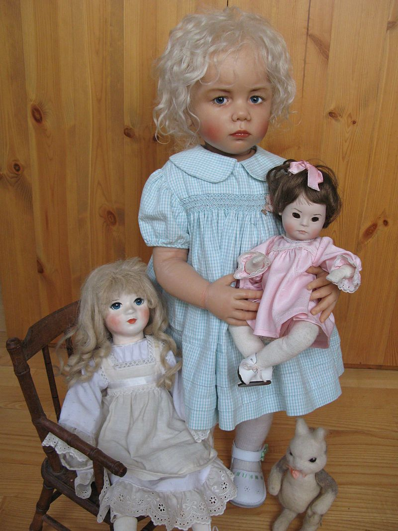 Sissel Bjørstad Skille Doll Jonette with dolls - Sissel Bjørstad Skille - Wikipedia