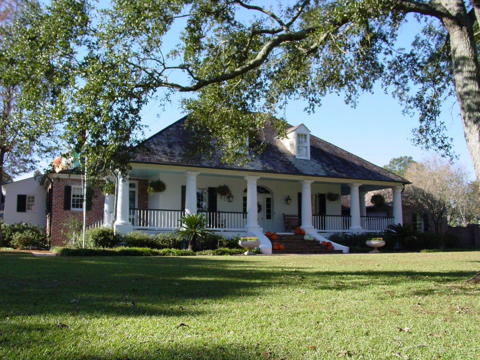 Moraes Home Colonial House Plans Acadian Style Homes Luxury Homes Dream Houses