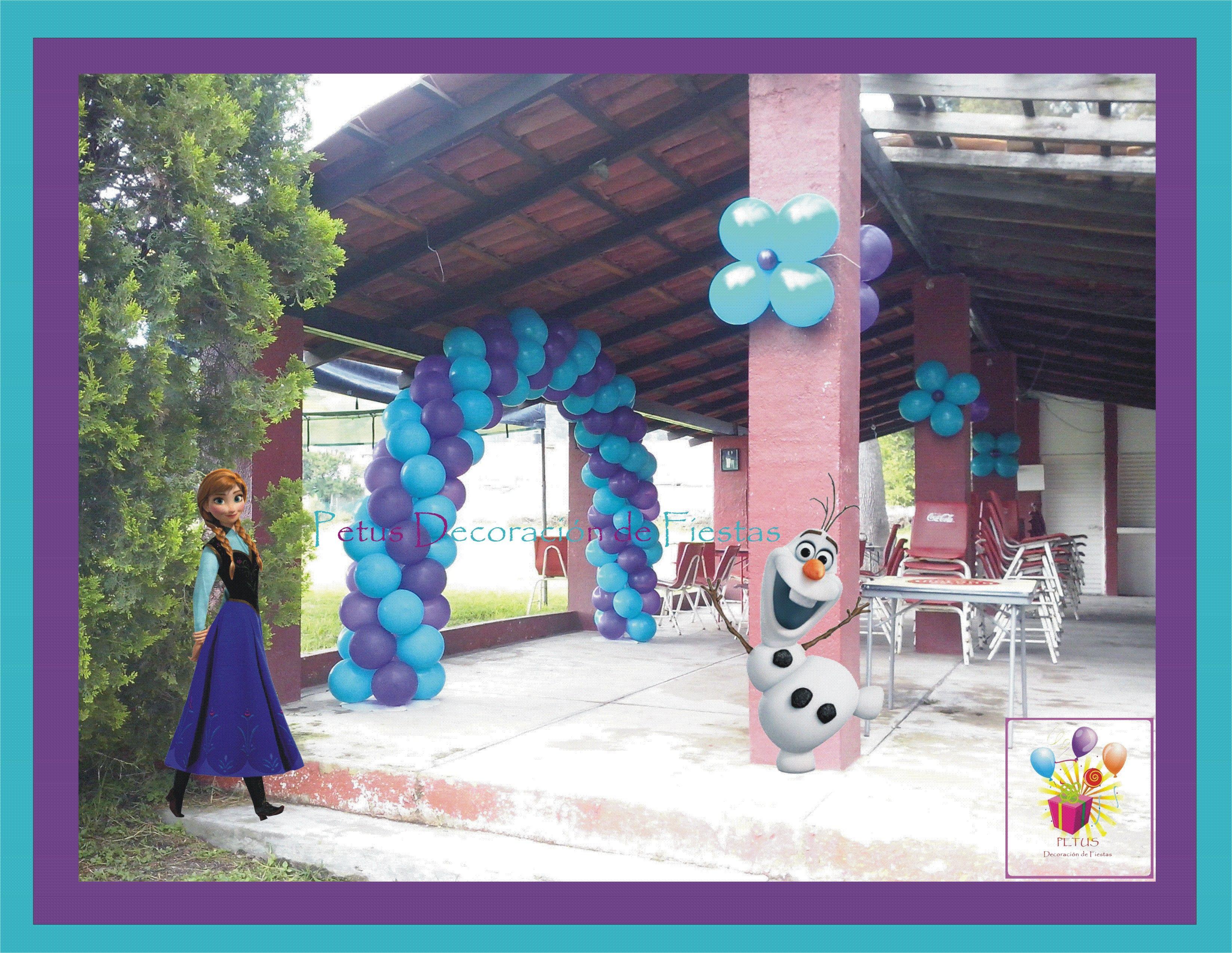 Hermoso Arco de Globos y Flores del Tema Frozen frozen ideas