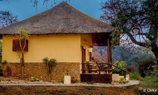 Kurhula Wildlife Lodge, Hoedspruit, Zuid-Afrika. ✈ Traveling   Beautiful places to visit, Traveling, Travel, Reizen, Traveling tips, Traveling destinations.