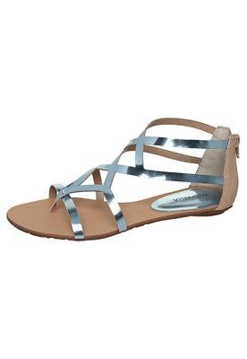 3710f757c Rasteirinhas - Sandálias Rasteiras – Compre agora | Dafiti | * Shoes ...