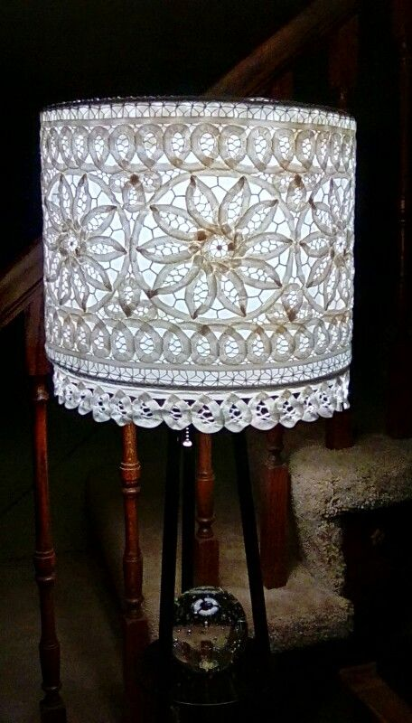 Lamp shade covered with a croched runner So cool home decor