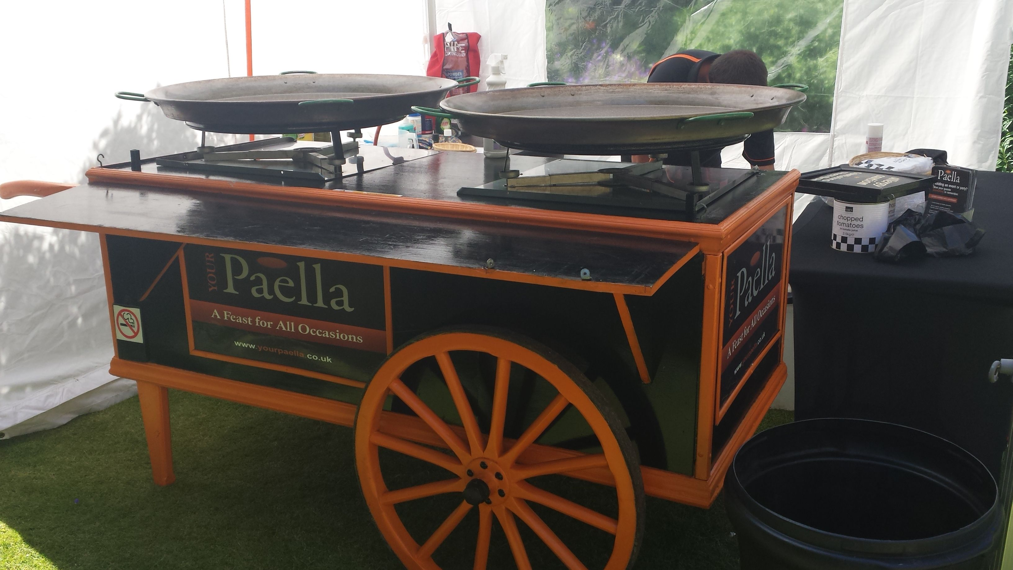 """The Your Paella """"Paella cart"""" will really make a show at"""