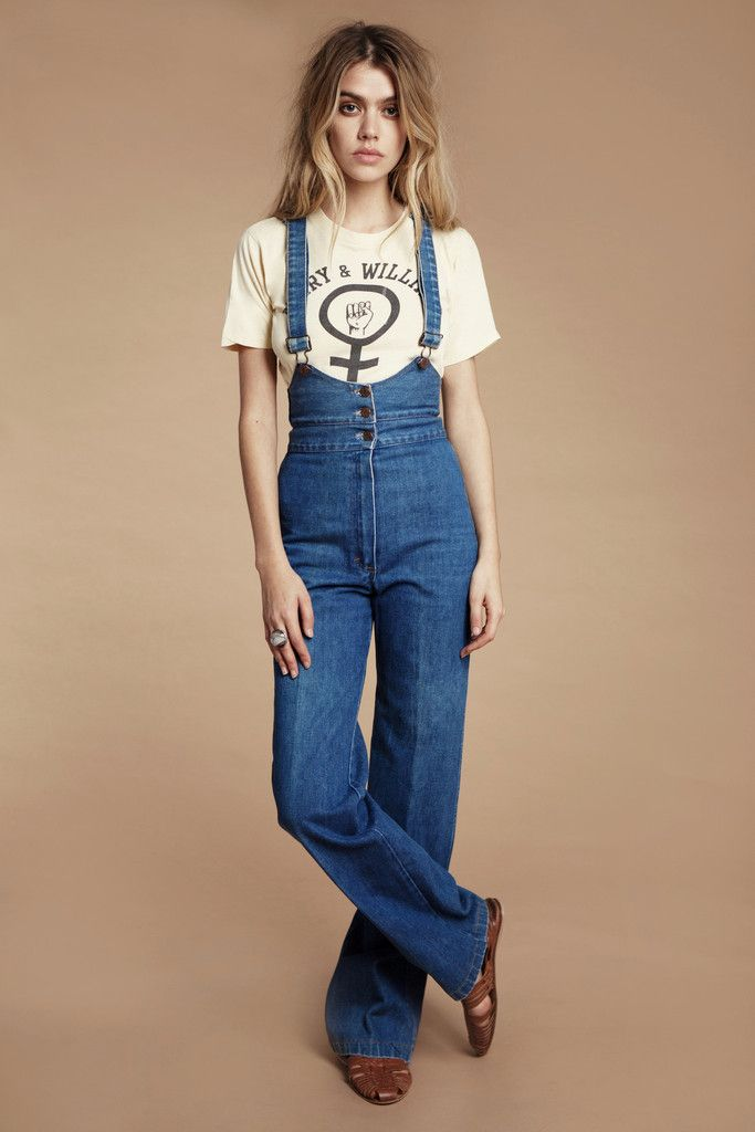 15adf23a7eba 70s Inspired Fashion