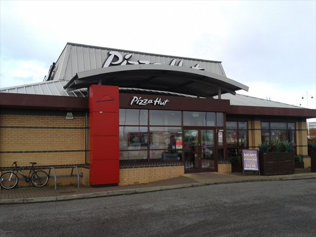 The Pizza Hut On Althorp Road In Kingswood In Hull Hull