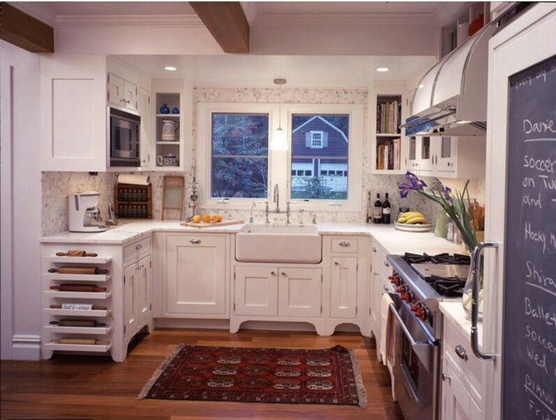 Simple country kitchen / Houzz Ideas for our future home