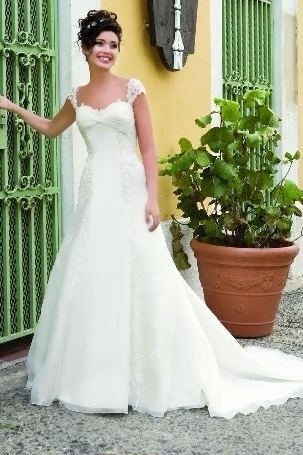 sweetheart sleeves designer wedding dress demetrios sposabella 4255