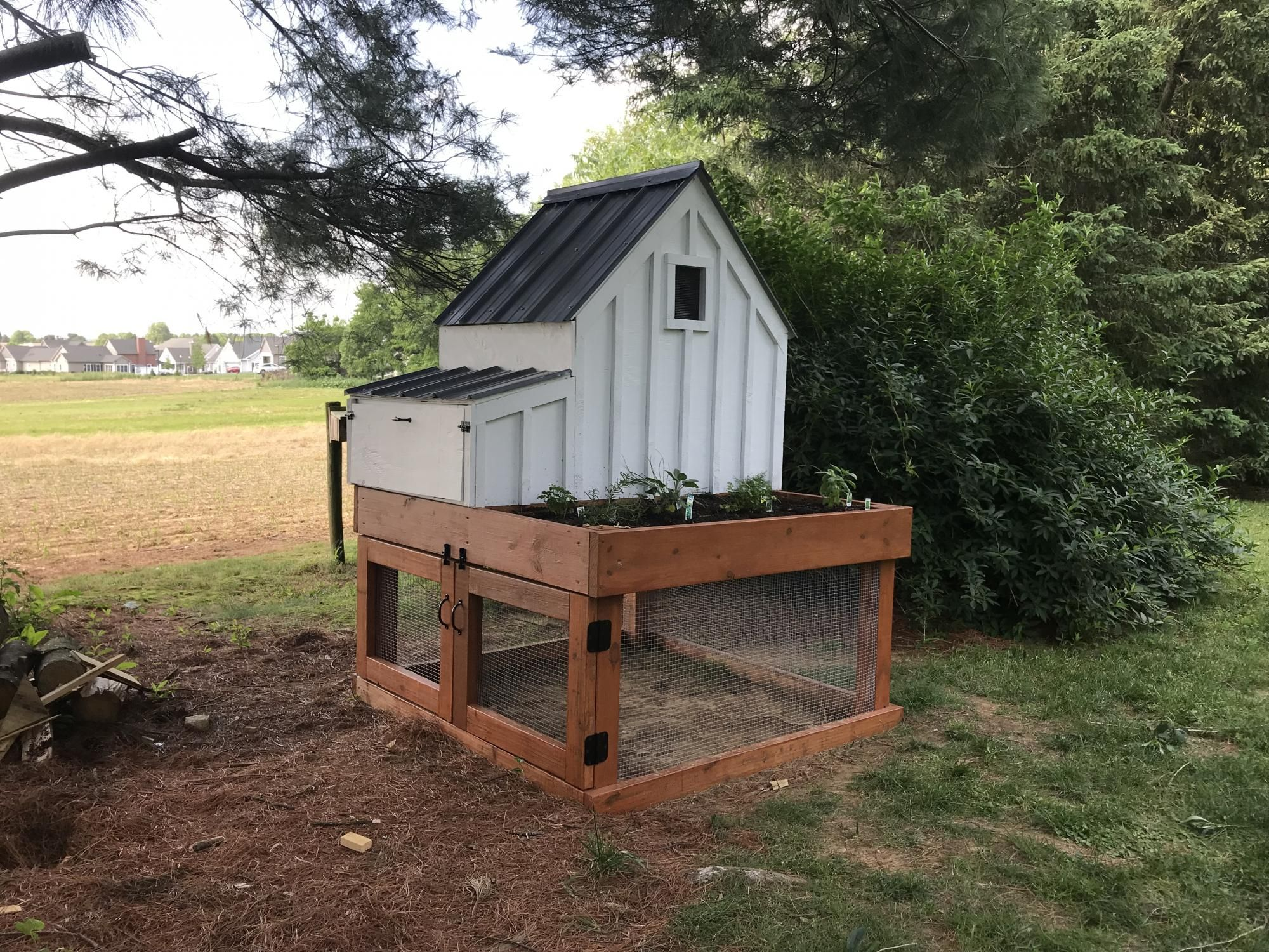 Small Chicken Coop With Planter Ana White Small Chicken Coops