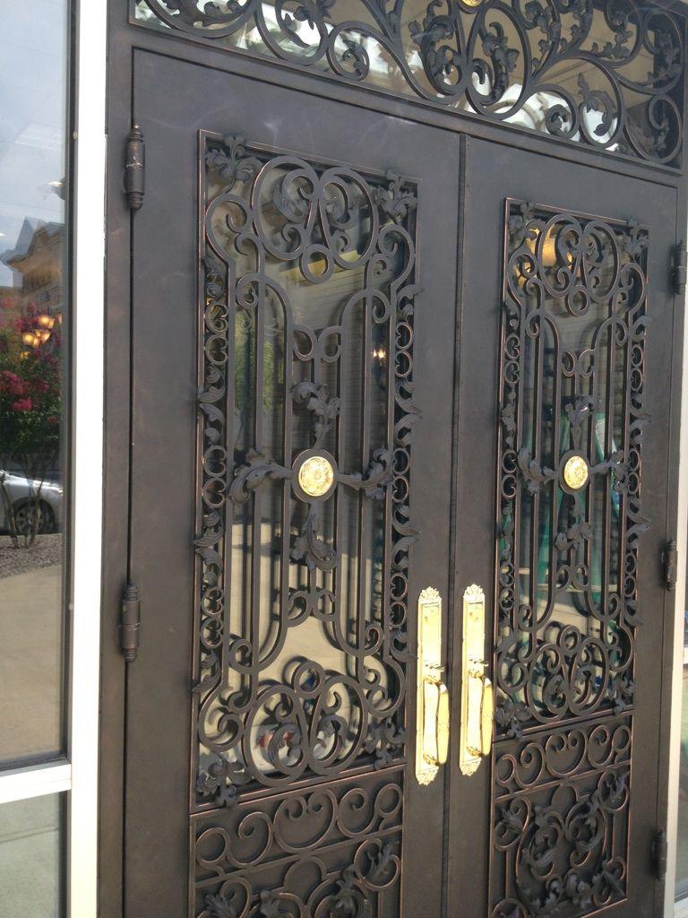 Commercial double door w/rectangle trnasom | Love That Door ...