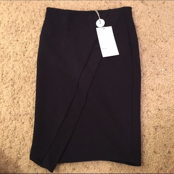 Zara high waisted skirt Zara high waisted skirt in dark navy blue. Never worn before. Tags included. Zara Skirts Pencil