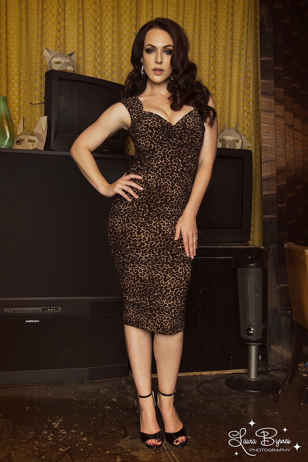Pinup Couture Erin Wiggle Dress in Leopard - One of my next purchases.