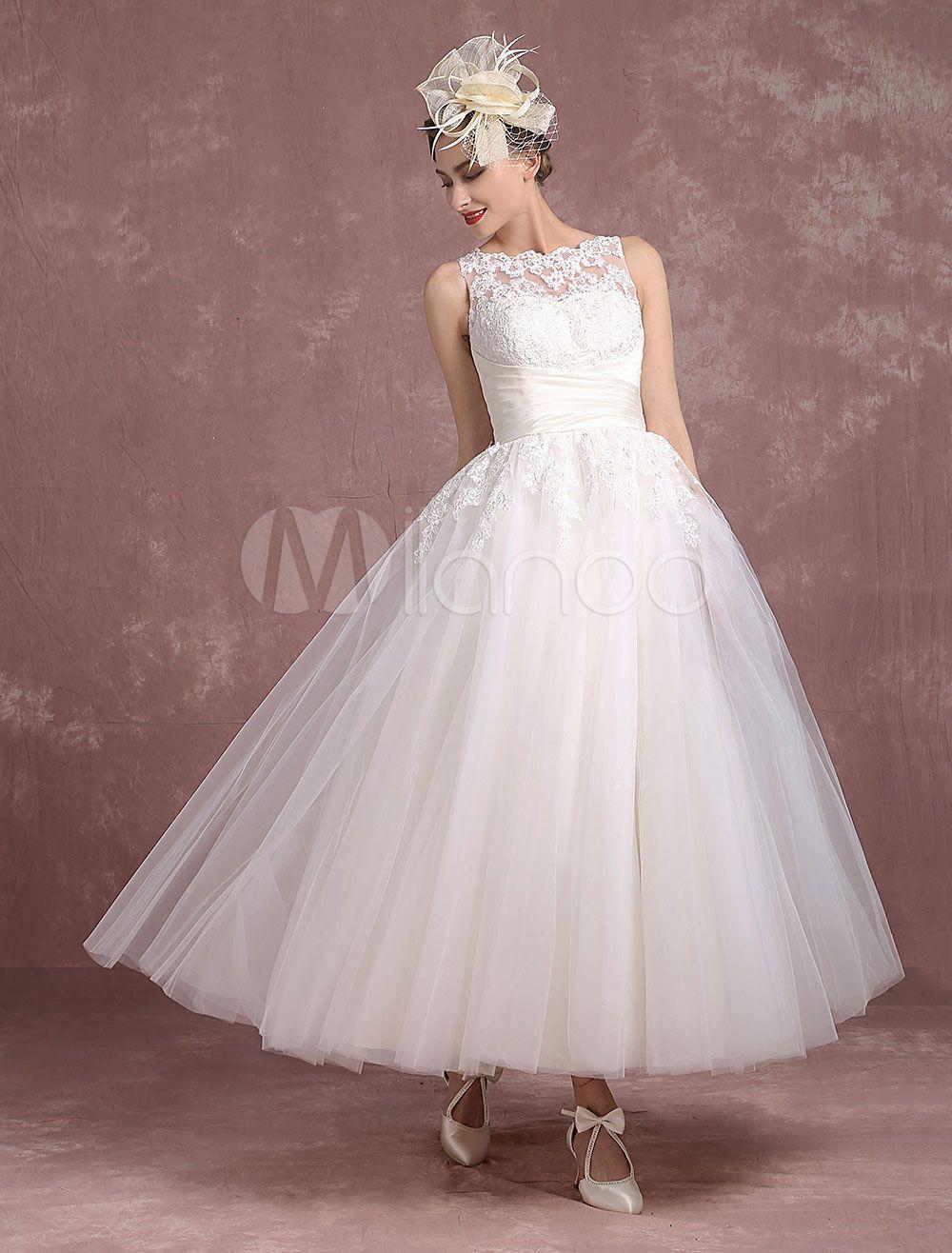 Wedding dress with bow on back  Vintage Wedding Dress Ivory Tulle Bridal Gown Back Split Bateau Lace
