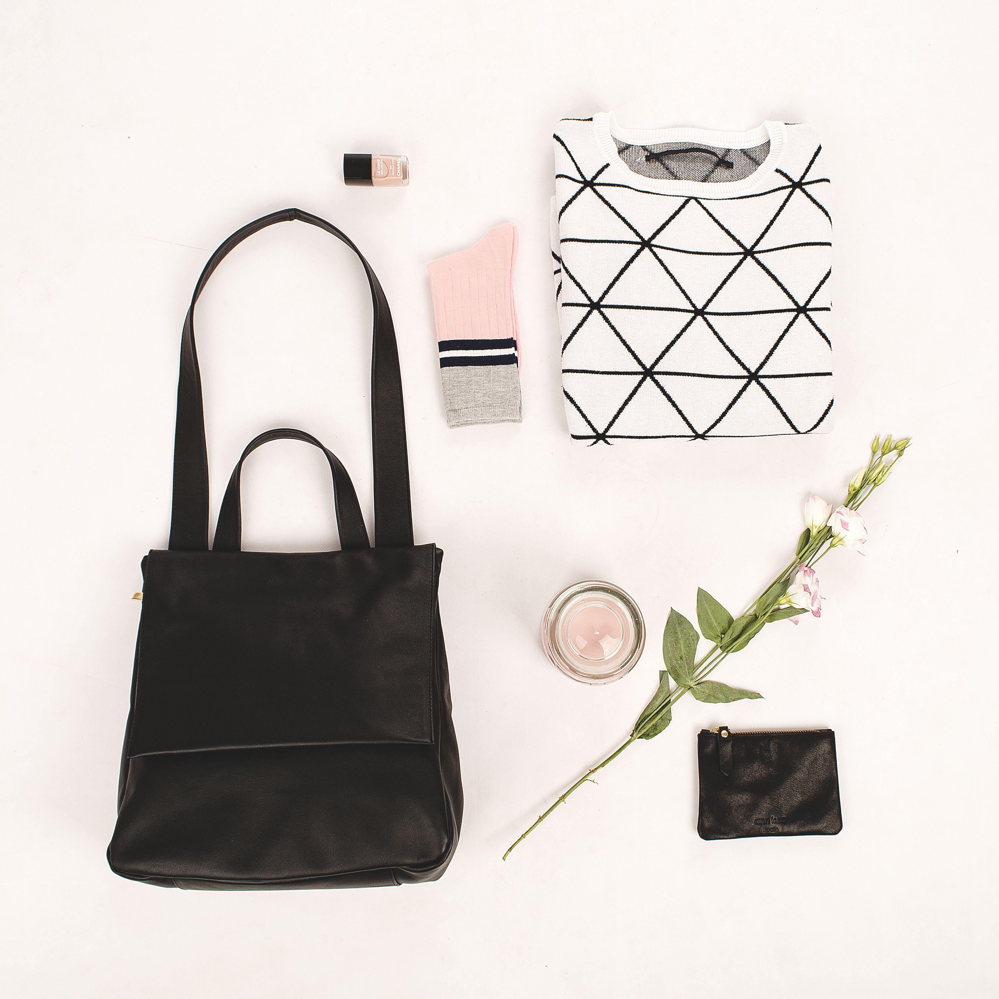 BLACK METROPOLITAN - BLACK PURSY #purse #flowers #candle #socks #nailpolish #sweater