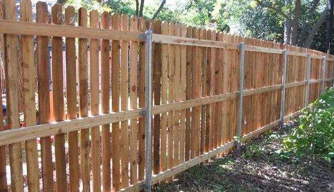 6 Foot Cedar Fence With Gap Wood Fence Cedar Fence Wood