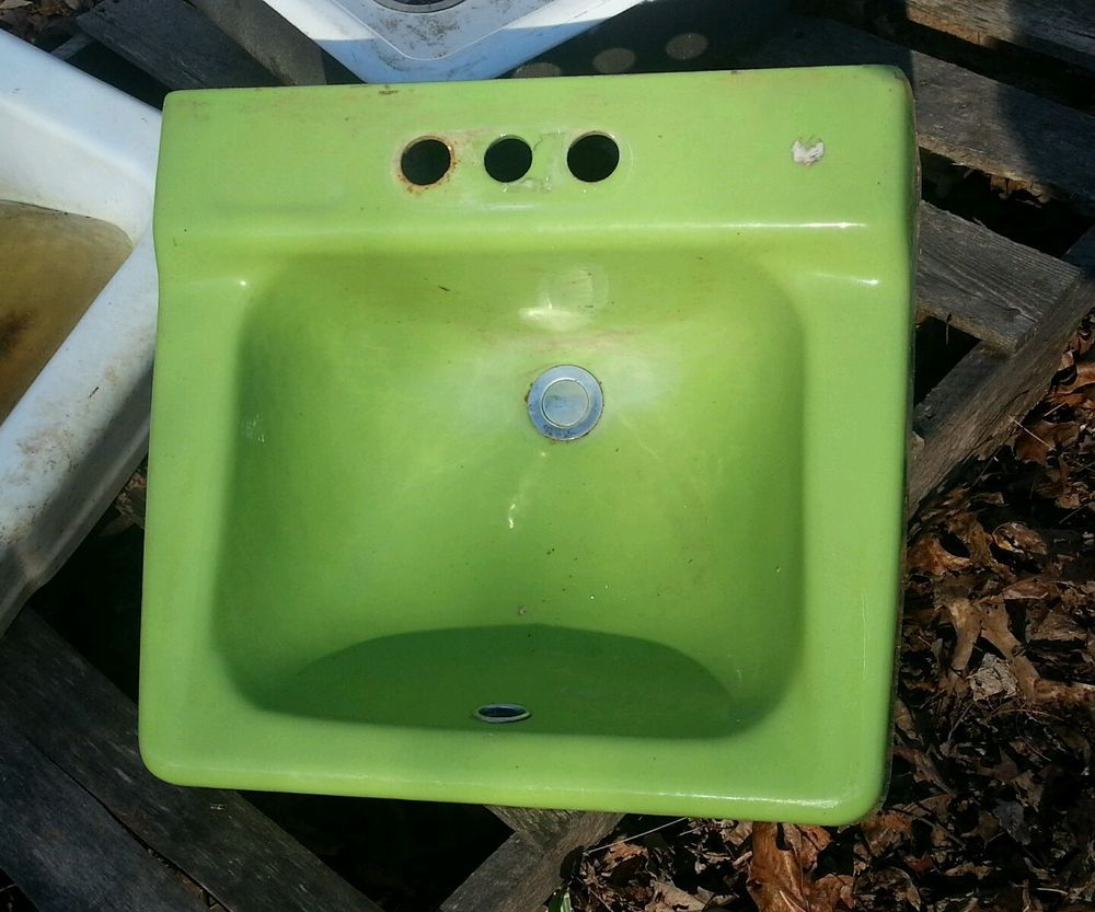Vintage Kohler 1970\'s Bathroom Porcelain Sink Retro Spring Green ...