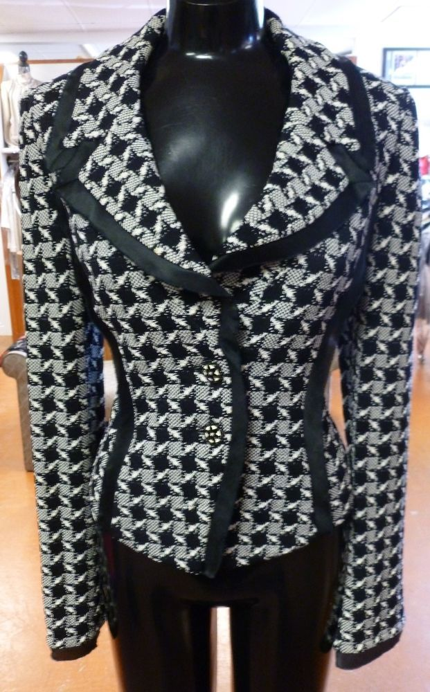 St John Knit High Quality And Inexpensive Women's Clothing