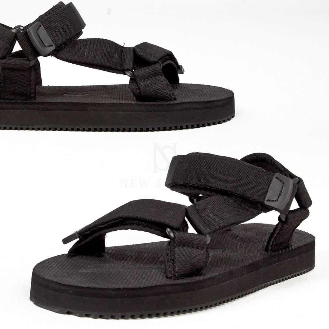 Plain black sporty sandal