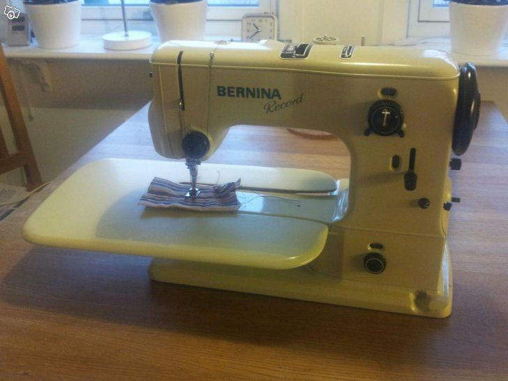 Singer symaskine i virkelig god stand med kasseProdukt: singer.