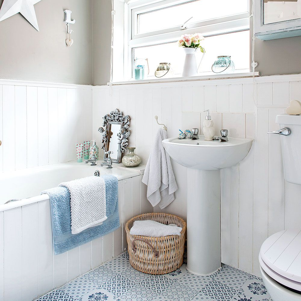Grey-walled bathroom with blue-and-white floor tiles | home ...
