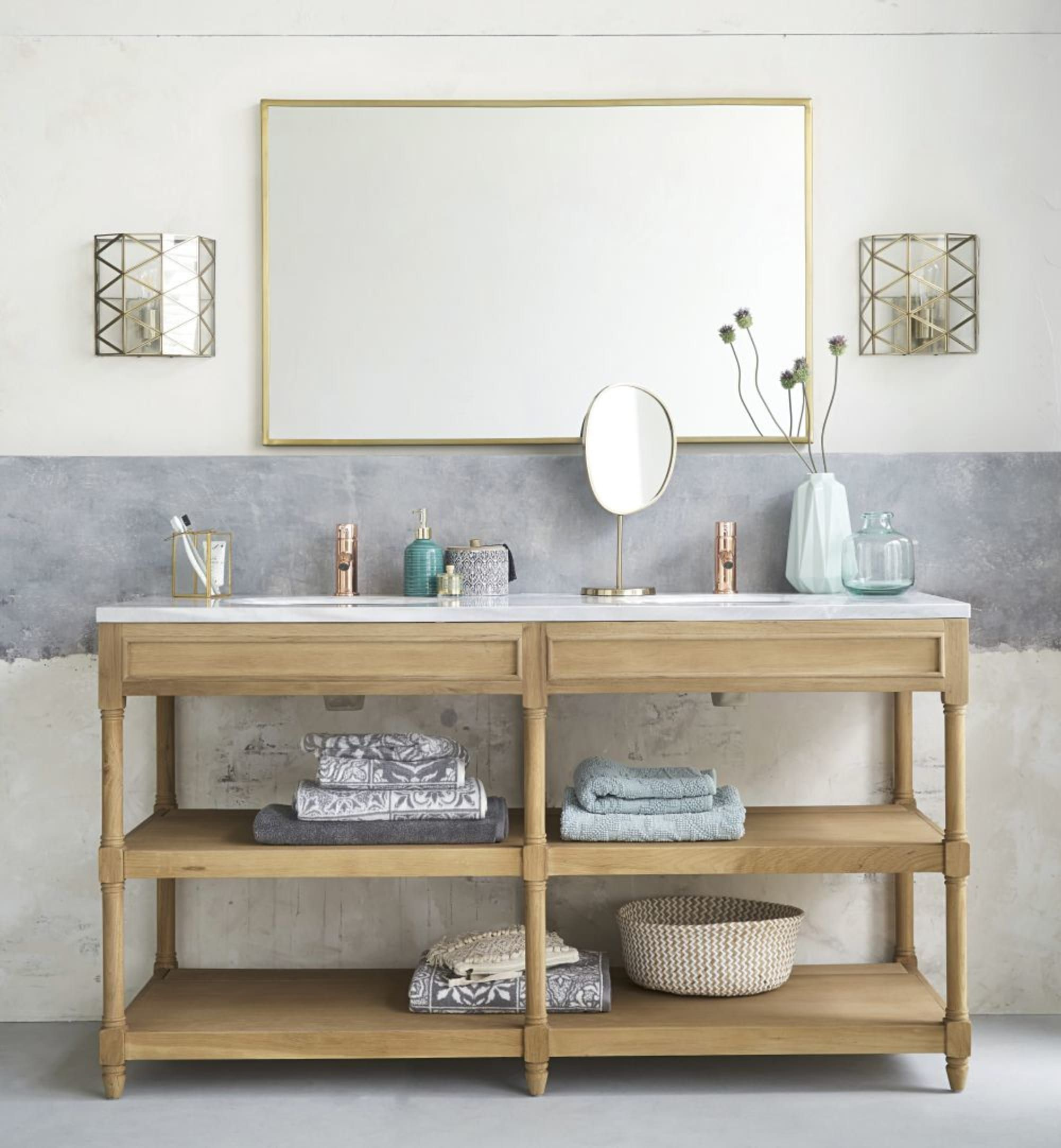 White Marble And Solid Oak Double Sink Bathroom Vanity Maisons Du Monde In 2020 Badezimmerwaschtisch Doppelwaschbecken Badezimmer Doppelwaschbecken