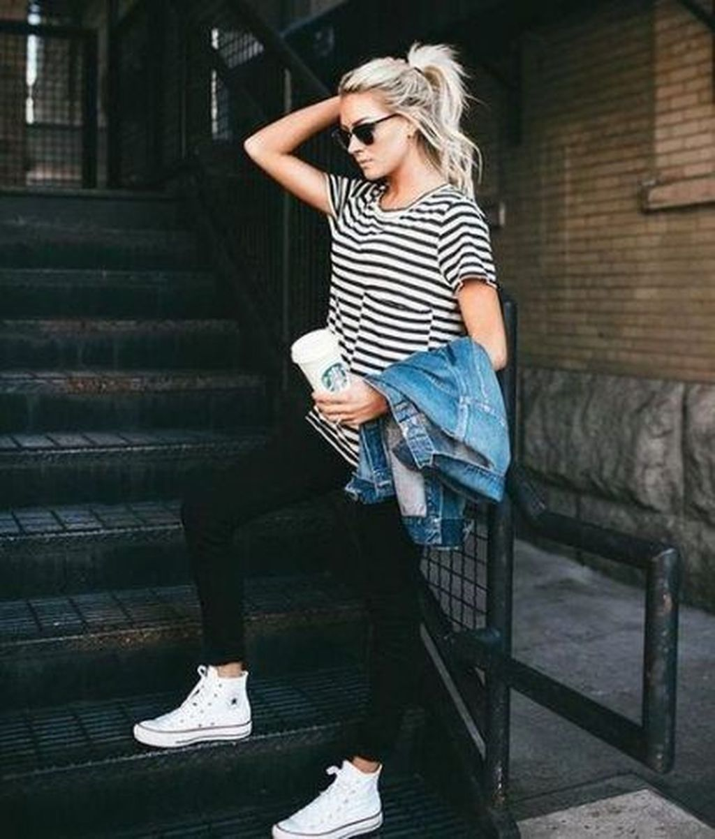 +38 Lovely Fall Outfits Ideas To Wear With Converse 2019  #maddyeuphoriaoutfits
