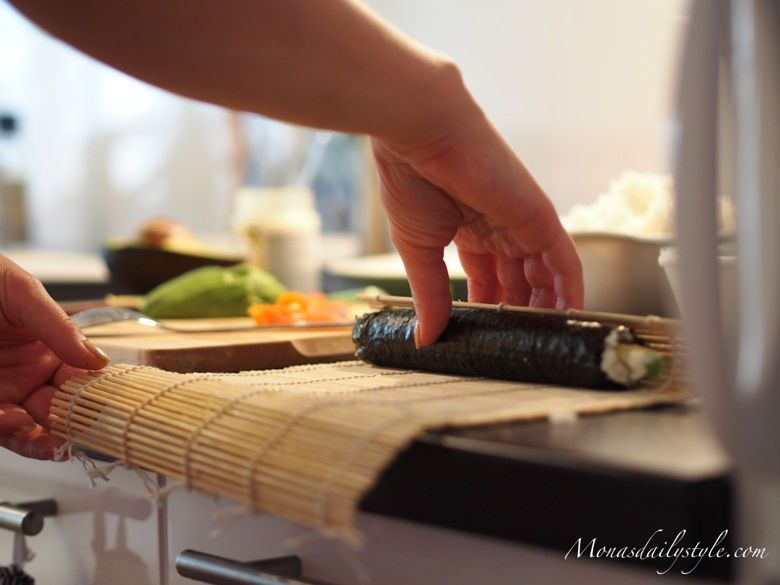 It's Sushi Time!  http://www.monasdailystyle.com/2013/07/its-sushi-time.html