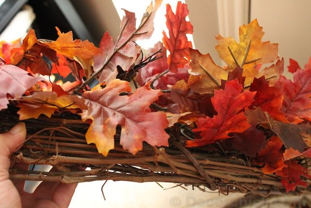 How To Make An Easy Wreath {Fall Front Door Wreath} - Decorchick!