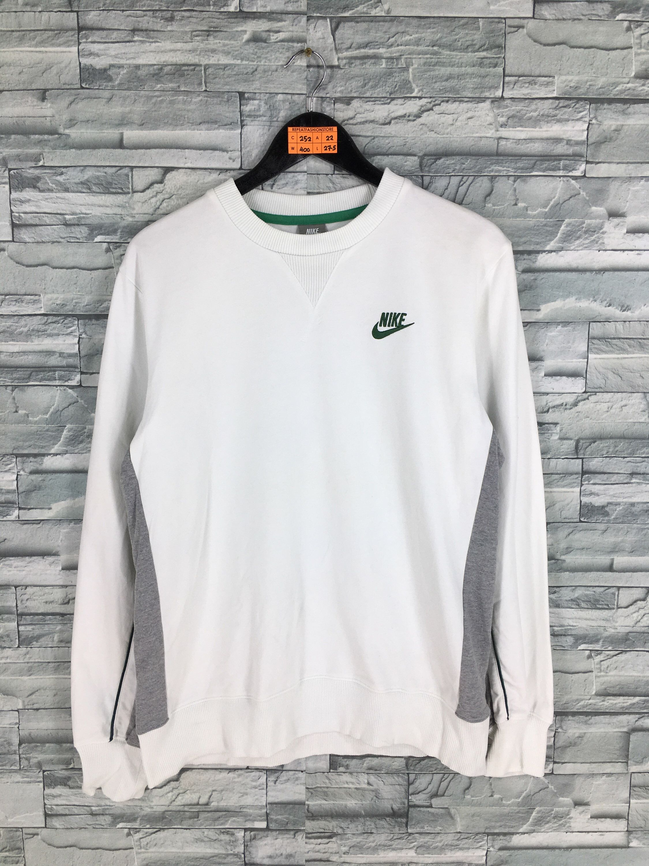 Vintage 90 S Nike Swoosh Sweatshirt Unisex Large Nike Etsy Nike Air White Nike Sweater Jumper Outfit [ 3000 x 2250 Pixel ]