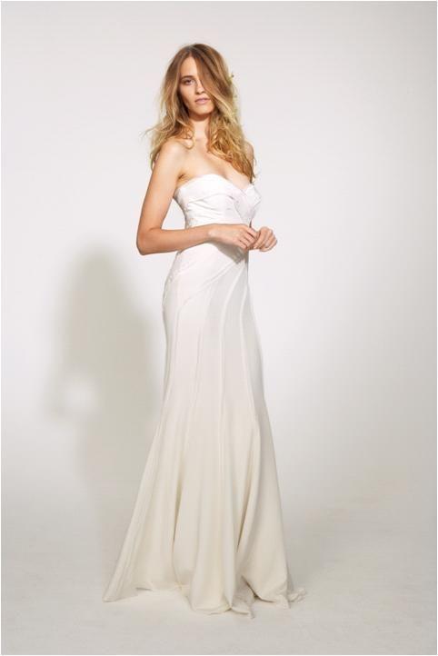 sweetheart strapless neckline wedding dress from Nicole Miller ...
