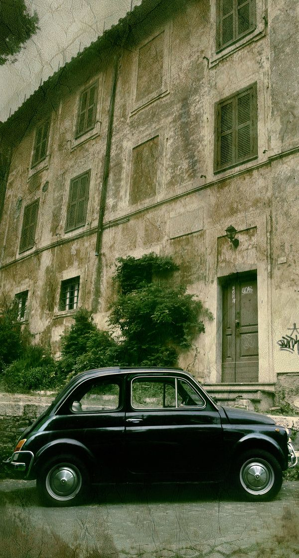 Fiat 500 - ours is going to be black too!