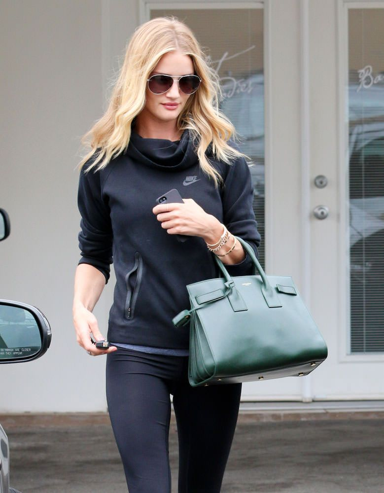 51bc8d3ed180 Rosie-Huntington-Whiteley-Saint-Laurent-Small-Sac-de-Jour