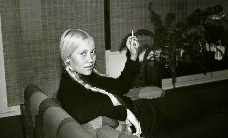 Agnetha faltskog smoking