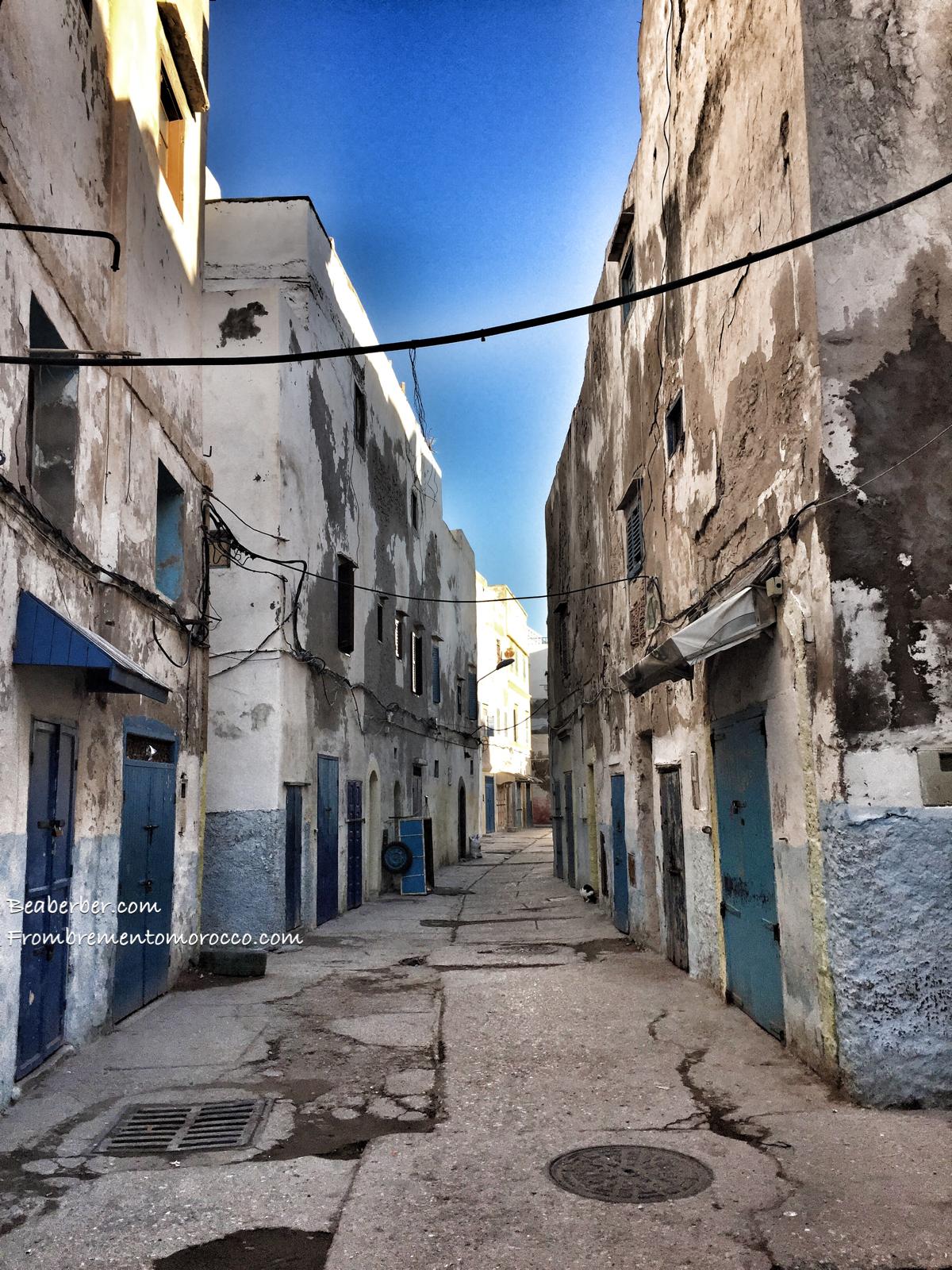 Besuch uns im hohen Atlas Marokkos und erlebe das einheimische Leben der Berber, lies meinen Auswandererblog oder erfahre mehr über Marokkos Küche und die Geschichte der Amazigh.. www.frombrementomorocco.com