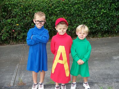 Related Homemade Alvin And The Chipmunks Group Halloween Costume Idea Cute Halloween Costumes Diy Costumes Kids Halloween Boys