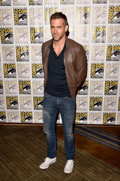 Ryan Reynolds at Comic-Con 2015 #menswear