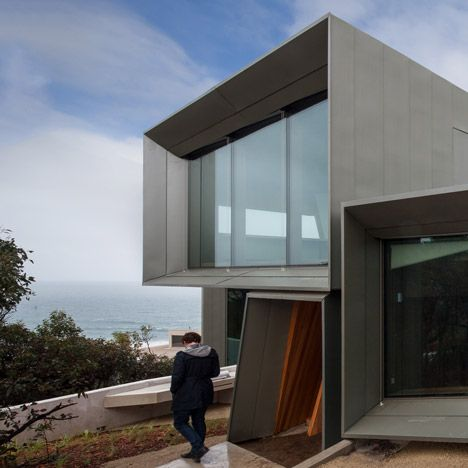 Fairhaven Beach House – Victoria, Australia by John Wardle Architects
