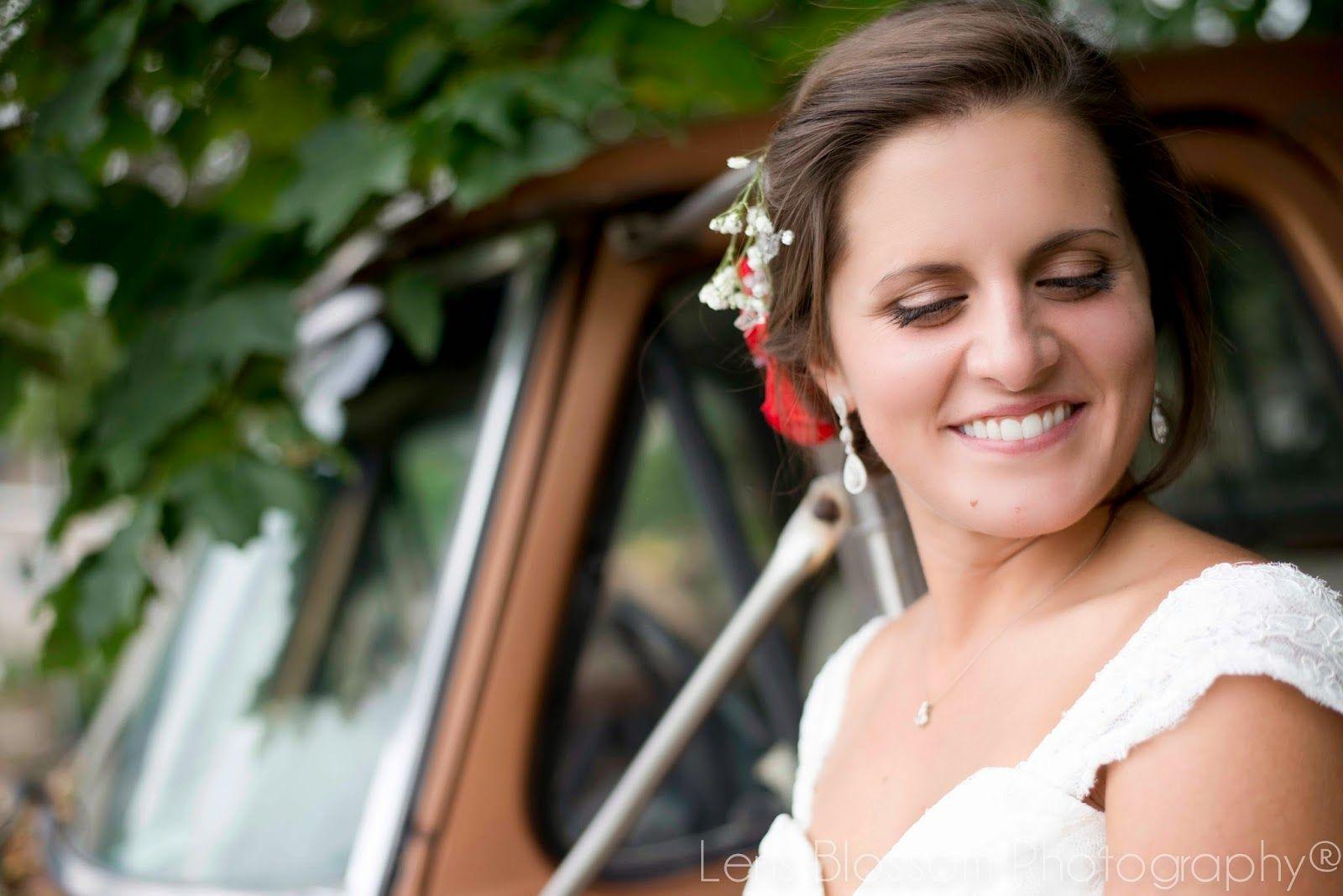 Lens Blossom Photography Bridal Ideas - Make her laugh!