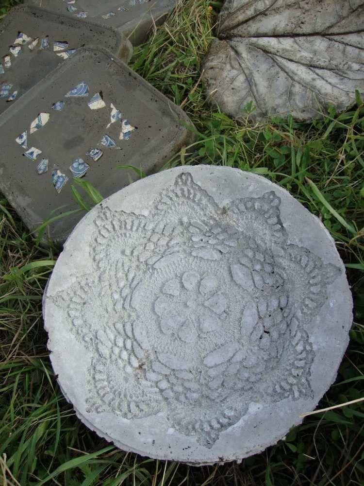 runde Trittplatte aus beton mit Spitzenmuster Home \ Garden