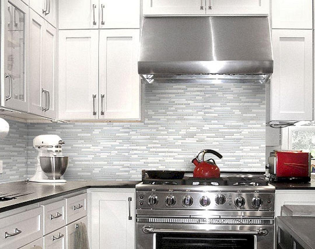 Top 28 Glass Kitchen Backsplash Ideas For Comfortable Kitchen